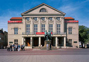 WEIMAR - Theaterplatz