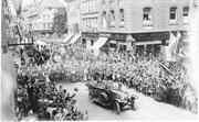 Hindenburg auf dem Göttinger Marktplatz, 23.11.1924. Städtisches Museum Göttingen