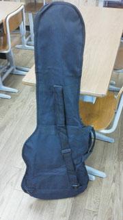 ギターまで塾長に預ける塾生が出てきた!