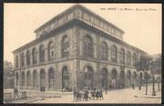 Le musée : vue extérieure du bâtiment, Archives municipales et communautaires de Brest, carte postale, début du XXe siècle.