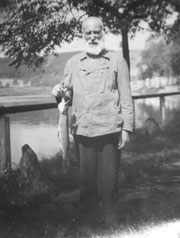 """Peter Klimpel, der """"Opa Bart""""  (Bitte anklicken zum Vergrößern)"""
