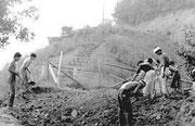 昭和45年9月 リューリック埋葬の様子