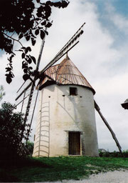photo: Moulin de Brignemont / Web