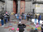 Ganz links auf dem Foto mit Trompete: der aktuelle Chorleiter Philipp Gatzke.