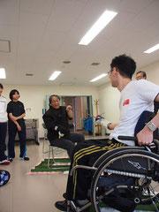 北海道で練習会:初めて持つフェンシングの剣