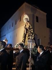 La Virgen a la salida del Monasterio
