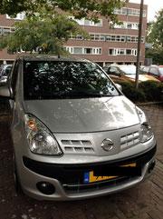 EU生産のNissan Pixo(日本にはない)。小さい車は税金が格段に安い!