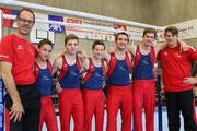 Team NKL: (v.l.n.r) Rolf Müller (Cheftrainer), Silas Kipfer, Jonas Munsch, Davide Testa, Alec Meiler, Janick Brunner, Daniel Groves (Trainer)