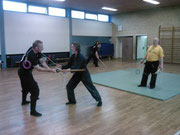 Shidôshi-Ho Cordula Bohl beim Training mit dem Kyoketsu Shoge