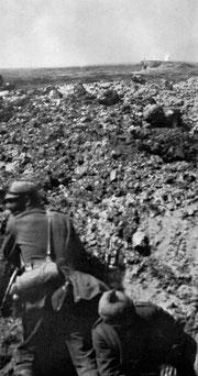 Anfang Juni - Bayer. Infanteristen vor dem Werk Thiaumont