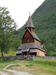 (Älteste Stabskirche Norwegens)