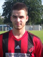 Sah den roten Karton und wird seiner Mannschaft nun fehlen: Pascal Kaluza.