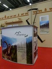 Ausstellungs-Theke von bergnatur PUR bei Suisse TOY