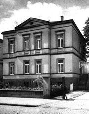 Das erste Gebäude der Sparkasse in der Eickhoffstraße.