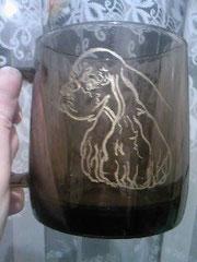"""Кружка для чая/кофе...стекло """"дымчатое""""...ручная гравировка...золочение"""