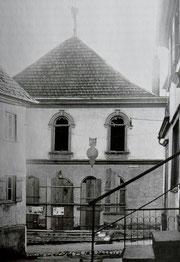 Synagoge nach der Zerstörung 1938, Foto: www.foto-keidel.de, alle Rechte vorbehalten! mit freundl. Genehmigung aus Otto Werner: Synagogen und jüdischer Friedhof in Hechingen, Hechingen 1996, Seite 199