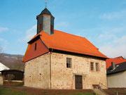 Die kleine Motzenröder Kirche