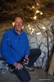 Dietmar in seiner Höhle