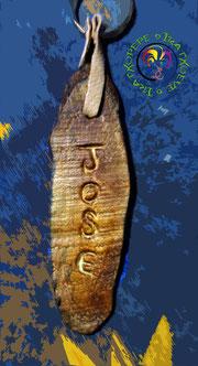 Llavero en madera de chopo