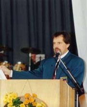 Ottmar Schmid war von 1994 bis 1998 1. Vorsitzender des Musikvereins. Unter seiner Leitung wurden 1994 die neuen Uniformenen präsentiert. Bis heute ist er als Uniformenwart in der Vorstandschaft tätig.
