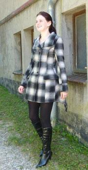 Mantel schwarz-weiß kariert