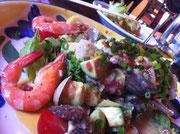 八女市アステカアボガドとエミビのサラダ