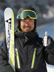 メインコーチ 高橋 伸嘉 (TAKAHASHI, Nobuyoshi)