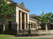 Casa de Juntas y Arbol de Gernika.