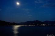 Luino e la luna si specchiano