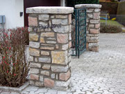 colonnes de portail en pierres tessinoises