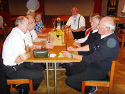 """MPC2000-Männerchor, Abendessen im Gasthof """"Alt Nauendorf"""""""