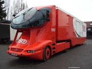 1990 Neu aufgebauter Truck auf MERCEDES-Chassis . . .