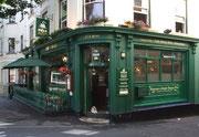 Typisch englisches intensivfarbenes Pub
