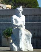 Der «unbewaffnete» Neptun erwartet uns zurück im Hafen