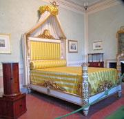 Hier das kleine (kurze) Bett für den «grossen» Napoleon