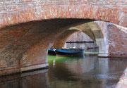 unter den Brücken durch . . .