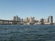 Die Fahrt geht nordwärts an der Bucht von Sydney entlang