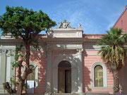 Die «typische» Fassenfarbe Rosa für klassische Bauten