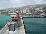 Ein moderner Jacht- und Kreuzfahrthafen wurde vor einigen Jahre etwas ausserhalb der Stadt angelegt