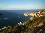 Blick auf die geschichtsträchtige Altstadt von Dubrovnik . . .