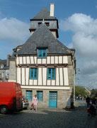 Quimper, ein mittelalterliches Städtchen . . .