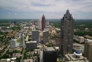 Blick von der Aussichtsplattform des Westin Hotels auf Atlanta