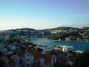 Wunderschöner Blick auf die neue grosse Hafenbucht von Dubrovnik