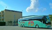 Der komfortable Fernreise-Bus der Firma Franz Dähler ist unser täglicher Begleiter