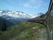 Die Bergkette Richtung kanadische Grenze