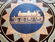 und tolles Boden-Mosaik mit etwa 1.5 Meter Durchmesser