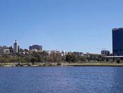 Die letzten Blicke auf verschiedene Stadtteile von Perth . . .