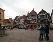 Der Marktplatz, wo auch der Weihnachtsmarkt stattfindet