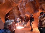 Das Wasser hat diese unterirdischen Höhlen geformt