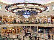 Der zentrale Treffpunkt in einem grossen Shopping-Center